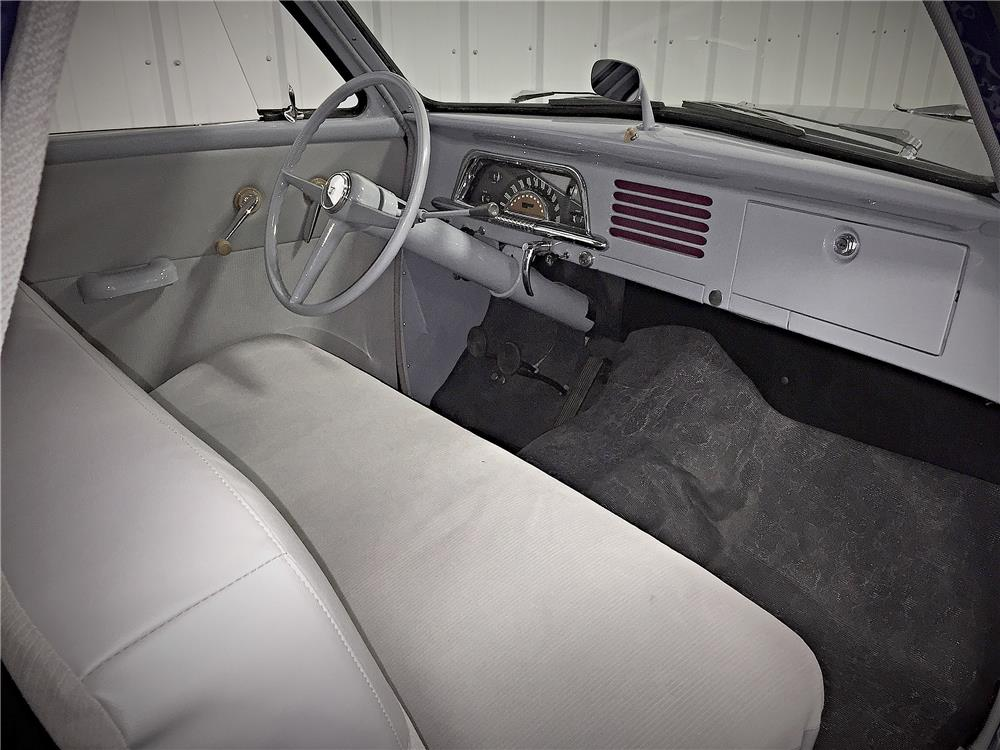 1951 STUDEBAKER CHAMPION BUSINESS COUPE - Interior - 187510