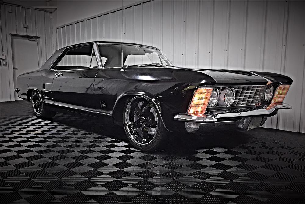 1963 BUICK RIVIERA - Front 3/4 - 187512