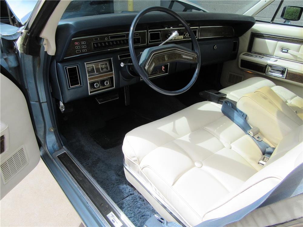 1976 LINCOLN CONTINENTAL COUPE - Interior - 187520
