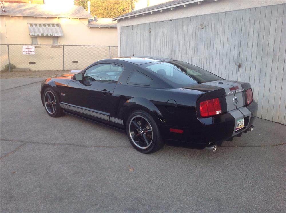 2007 FORD SHELBY GT MUSTANG - Rear 3/4 - 187555