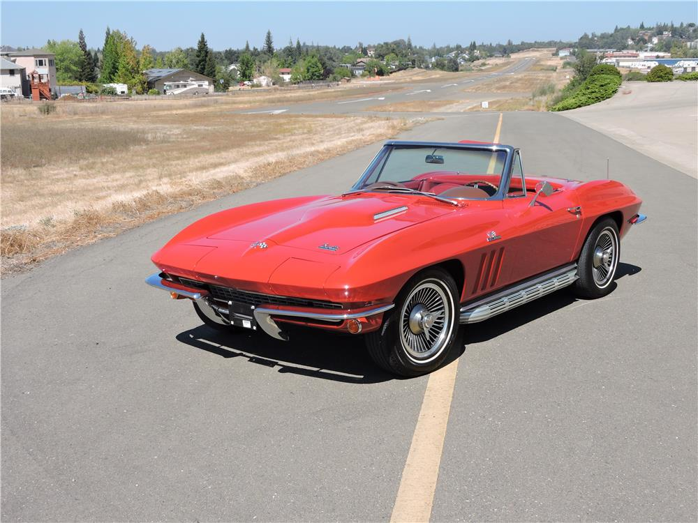 1966 CHEVROLET CORVETTE CONVERTIBLE - Front 3/4 - 187593