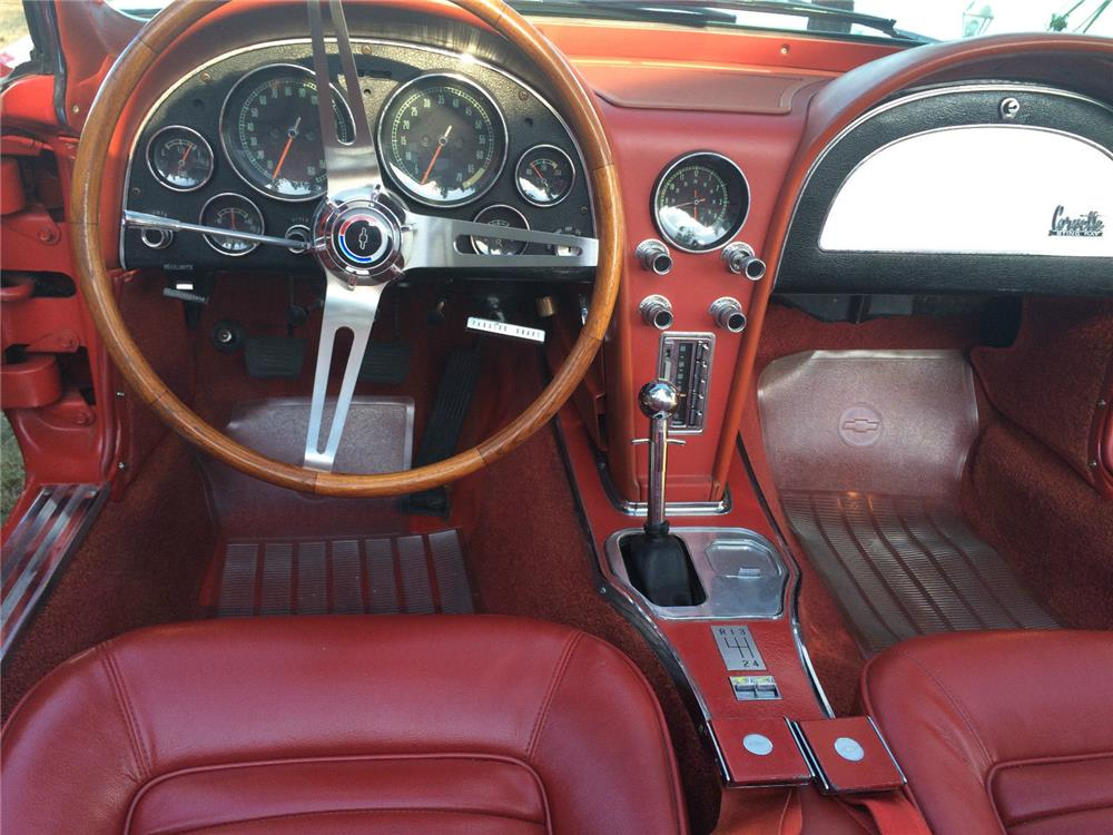 1966 CHEVROLET CORVETTE CONVERTIBLE - Interior - 187593