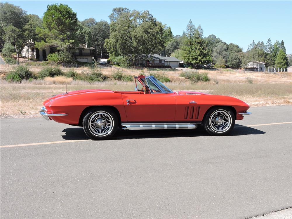 1966 CHEVROLET CORVETTE CONVERTIBLE - Side Profile - 187593