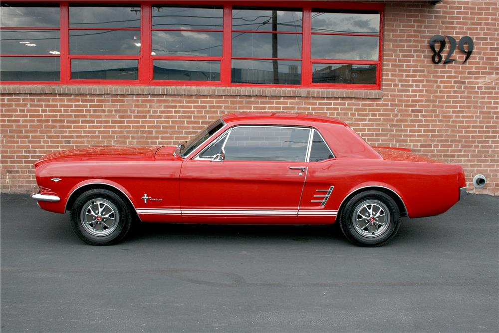 1966 FORD MUSTANG - Side Profile - 187707