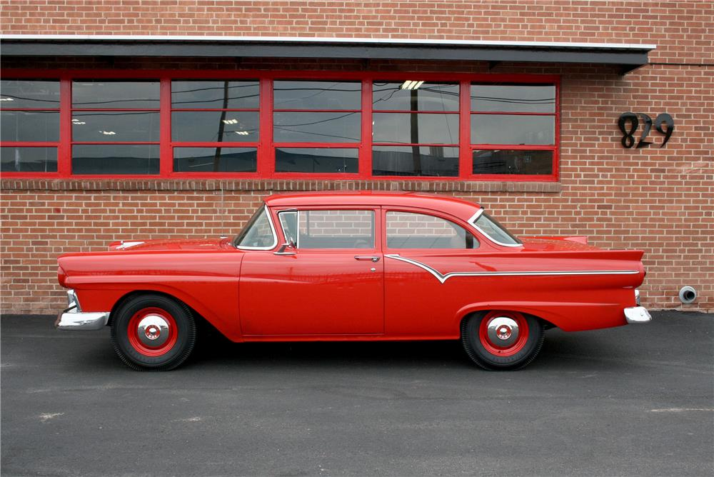 1957 FORD 300 - Side Profile - 187710