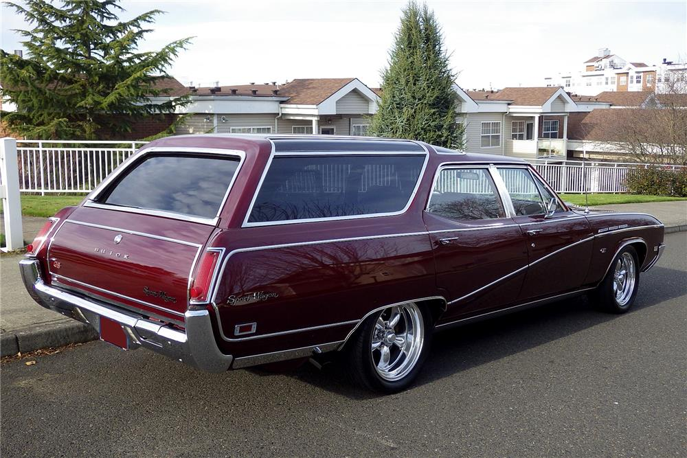 1969 BUICK CUSTOM SPORT WAGON - Rear 3/4 - 187789