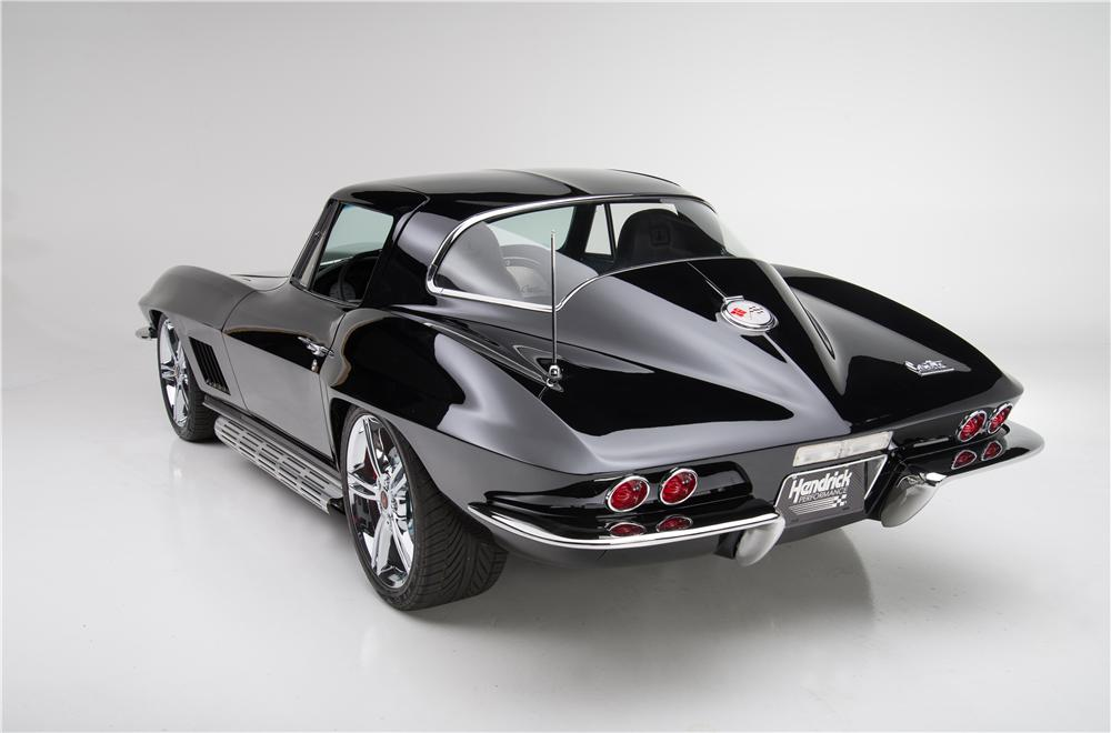 1967 CHEVROLET CORVETTE CUSTOM COUPE - Rear 3/4 - 187837