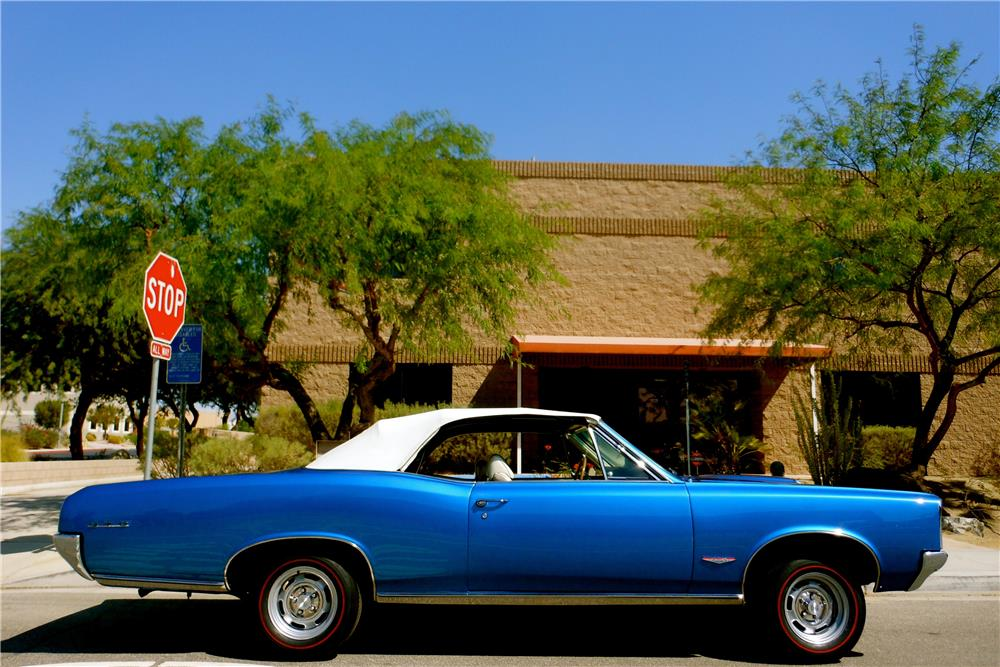 1966 PONTIAC GTO CONVERTIBLE - Side Profile - 187902