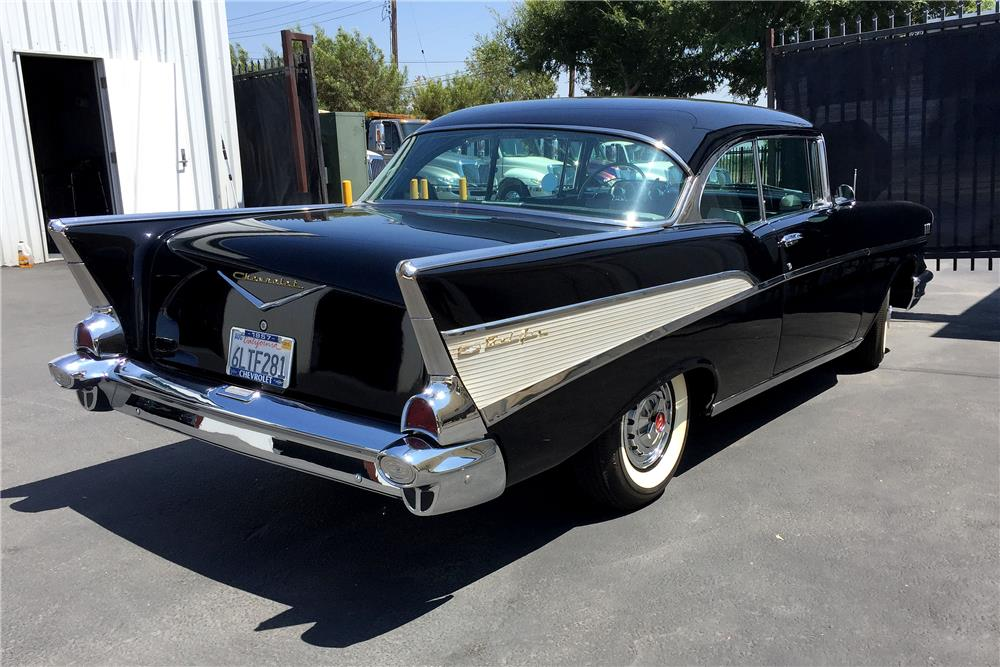 1957 CHEVROLET 150 CUSTOM HARDTOP - Rear 3/4 - 187909