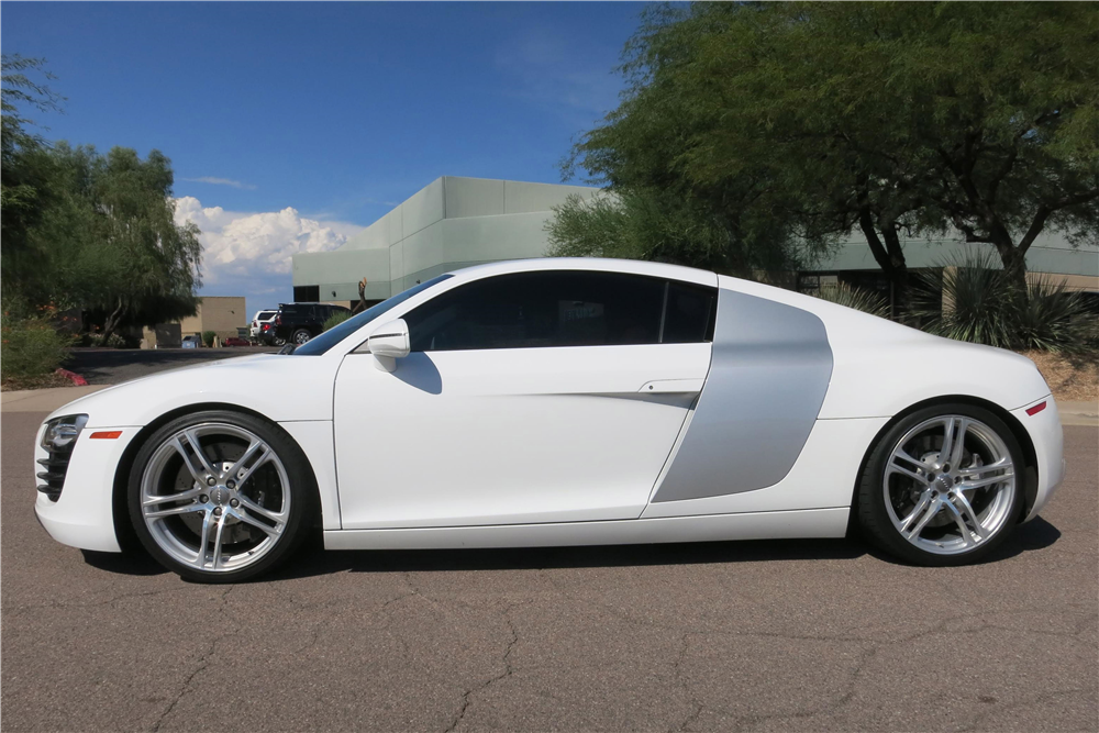 2008 AUDI R8  - Side Profile - 187992