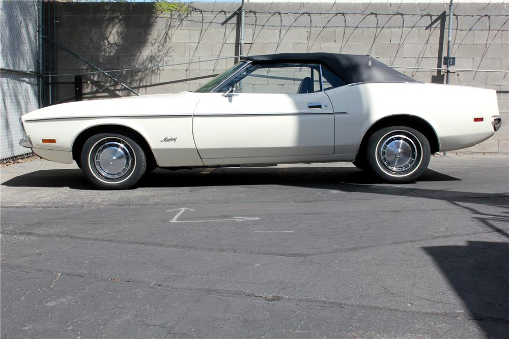 1971 FORD MUSTANG CONVERTIBLE - Side Profile - 188038