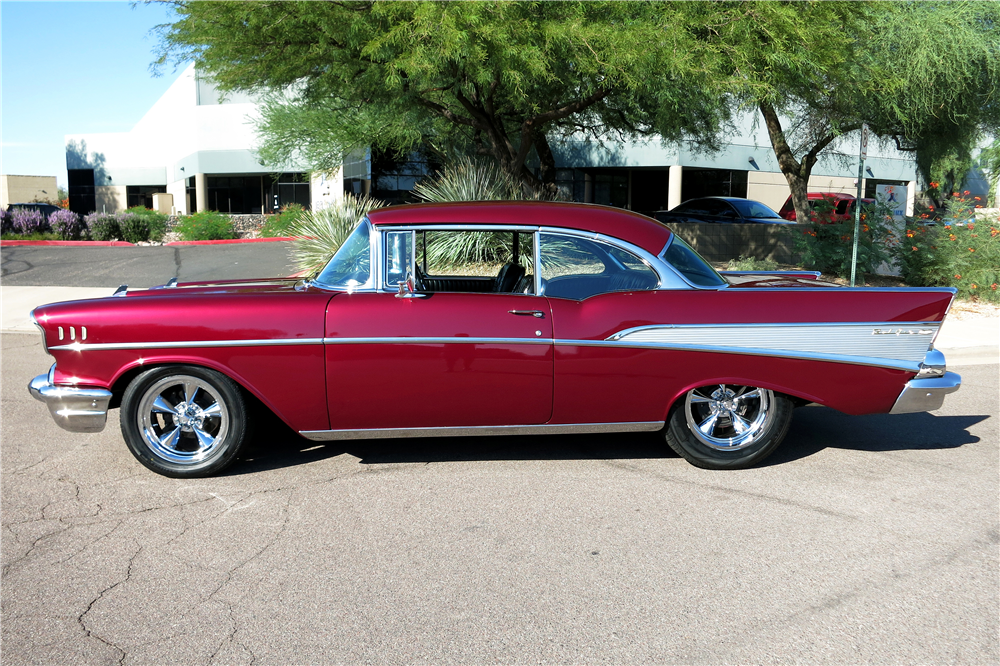 1957 CHEVROLET BEL AIR CUSTOM HARDTOP - Side Profile - 188069