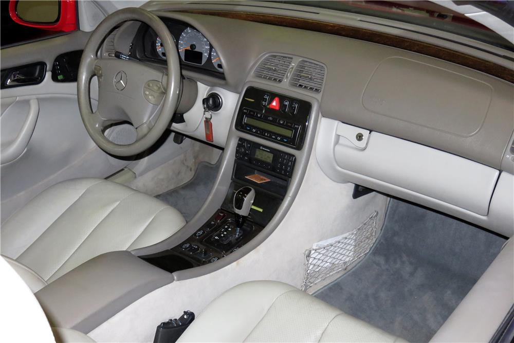 2003 MERCEDES-BENZ CLK430 CONVERTIBLE - Interior - 188078