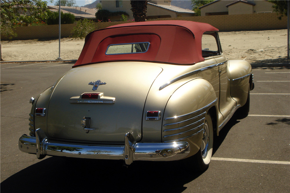 1942 CHRYSLER NEW YORKER CONVERTIBLE - Rear 3/4 - 188095