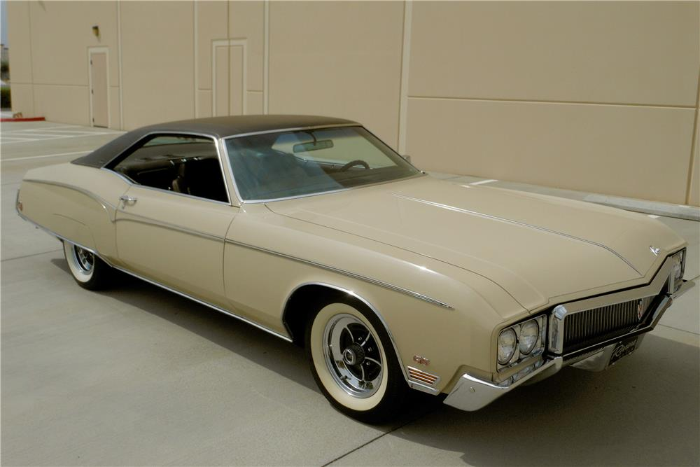 1970 BUICK GS HARDTOP - Front 3/4 - 188097