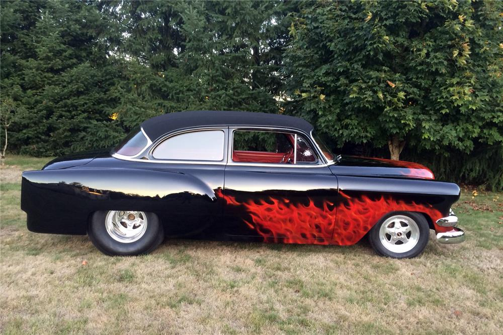 1954 CHEVROLET 210 CUSTOM HARDTOP - Side Profile - 188102