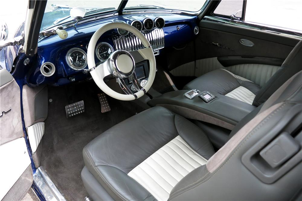 1951 CHEVROLET CUSTOM SPORT COUPE - Interior - 188106