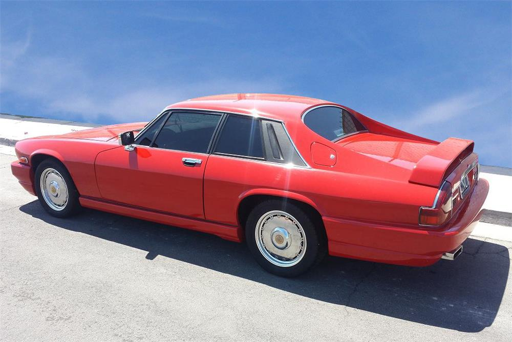 1989 JAGUAR XJS COUPE - Rear 3/4 - 188108