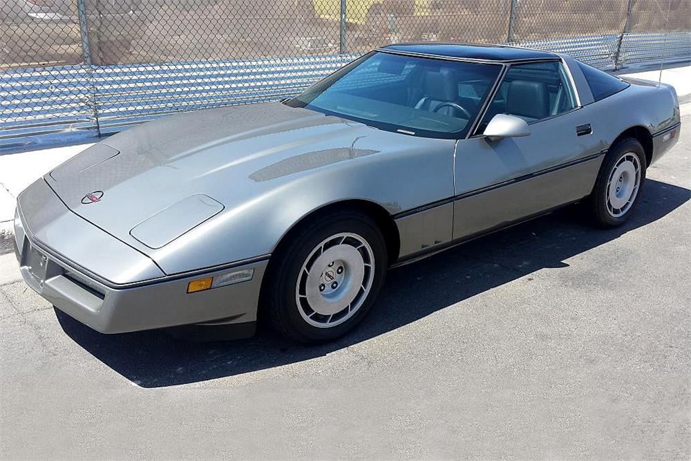 1985 CHEVROLET CORVETTE COUPE - Front 3/4 - 188109
