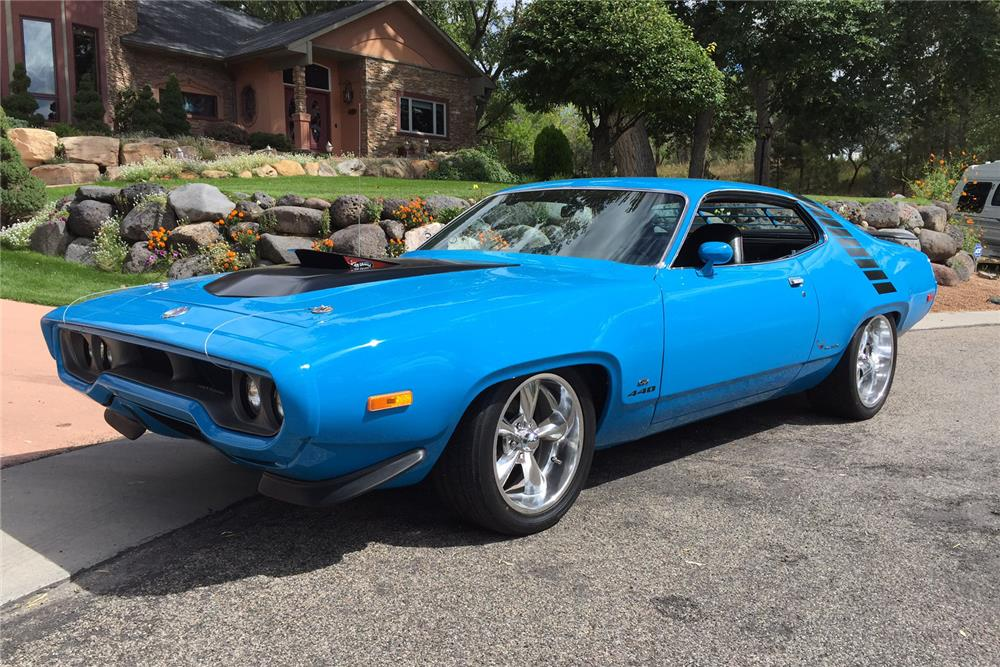 1972 PLYMOUTH ROAD RUNNER/GTX COUPE - Front 3/4 - 188126