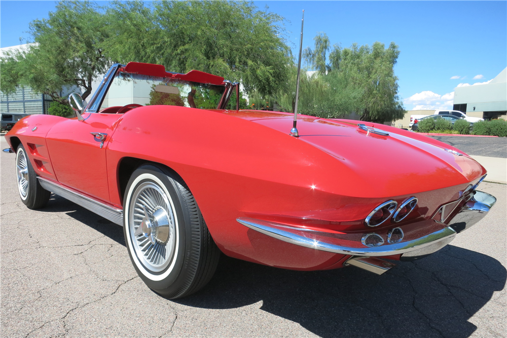 1963 CHEVROLET CORVETTE CONVERTIBLE - Rear 3/4 - 188145