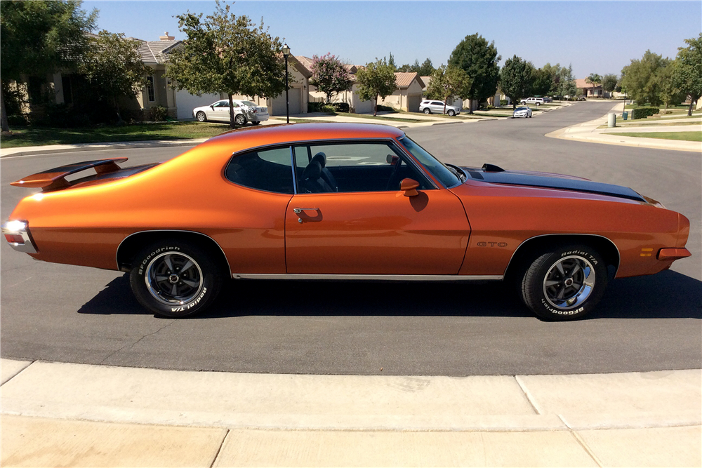 1971 PONTIAC GTO - Side Profile - 188148