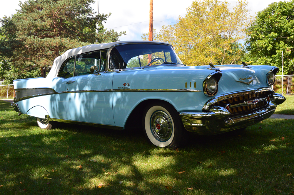 1957 CHEVROLET BEL AIR CONVERTIBLE - Side Profile - 188163