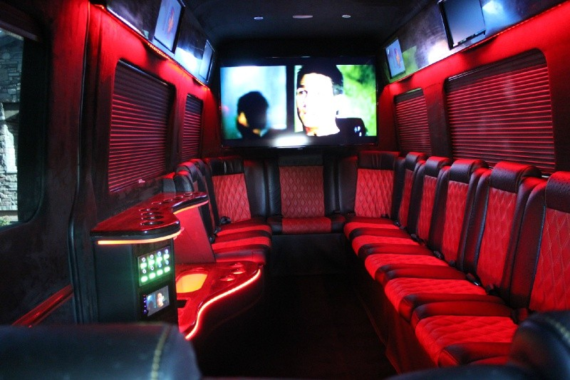 2015 MERCEDES-BENZ SPRINTER LIMOUSINE CONVERSION - Interior - 188263