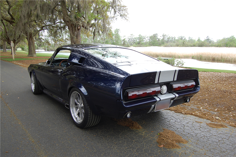 1968 FORD MUSTANG CUSTOM FASTBACK - Rear 3/4 - 188457