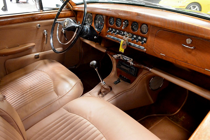 1966 JAGUAR 3.8S - Interior - 188471
