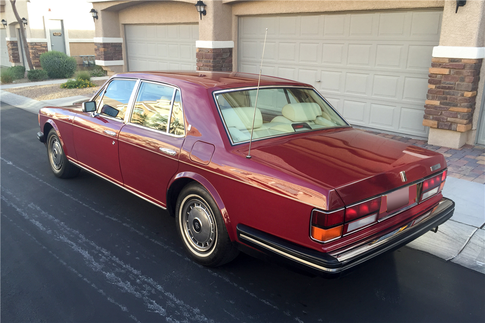 1992 ROLLS-ROYCE SILVER SPIRIT II SEDAN - Rear 3/4 - 188499
