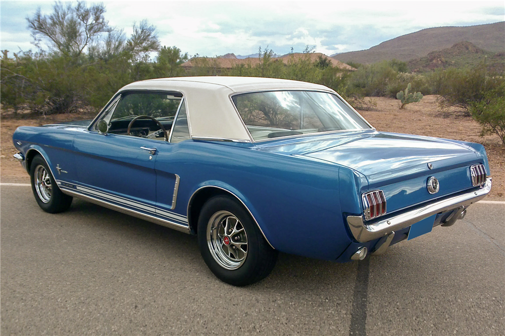 1965 FORD MUSTANG  - Rear 3/4 - 188511