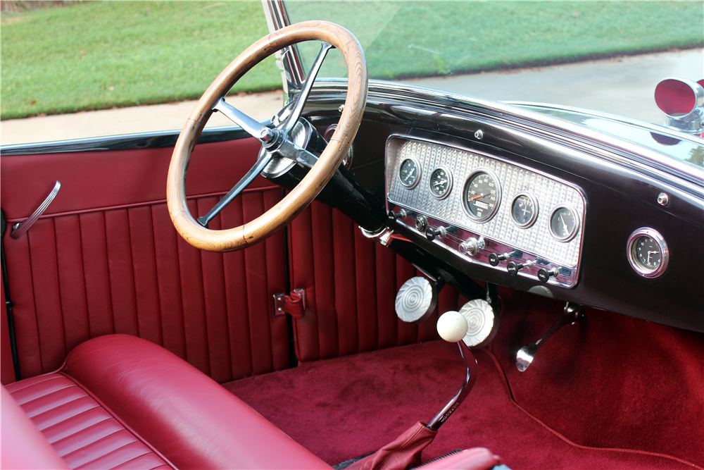 1931 FORD CUSTOM ROADSTER - Interior - 188515