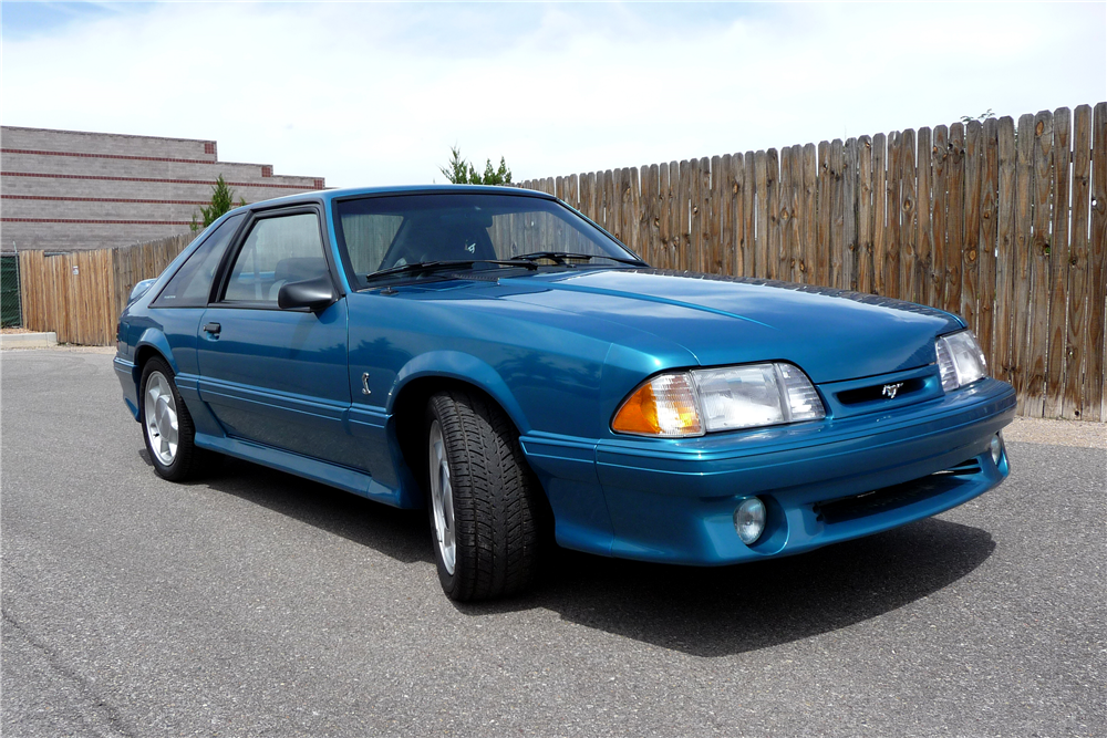 1993 FORD MUSTANG COBRA  - Front 3/4 - 188542
