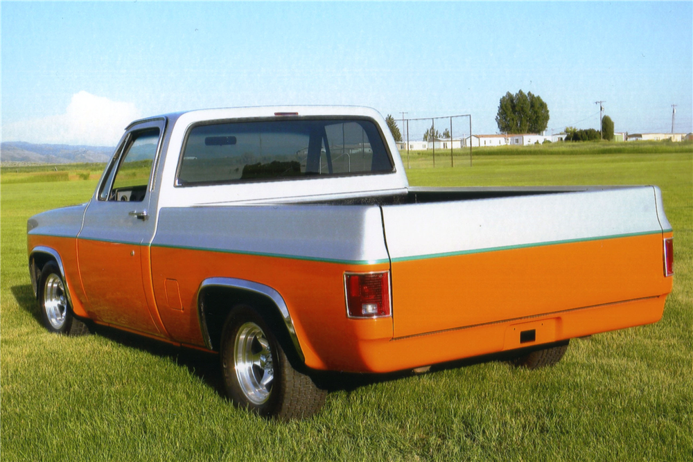 1984 CHEVROLET C-10 CUSTOM PICKUP - Rear 3/4 - 188550