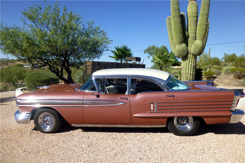 1958 OLDSMOBILE SUPER 88 4-DOOR SEDAN - Side Profile - 188551