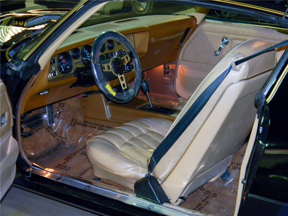 1977 PONTIAC FIREBIRD TRANS AM T-TOP - Interior - 188555