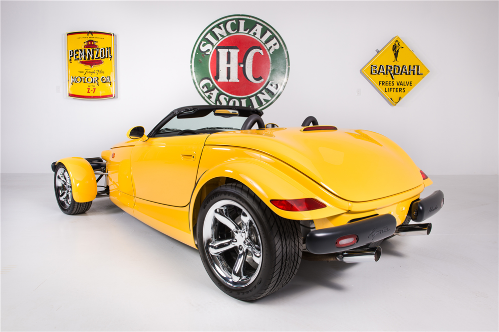 2000 PLYMOUTH PROWLER CONVERTIBLE - Rear 3/4 - 188557
