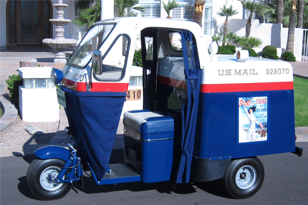 1957 CUSHMAN MAILSTER 3-WHEEL MAIL CAB - Side Profile - 188576