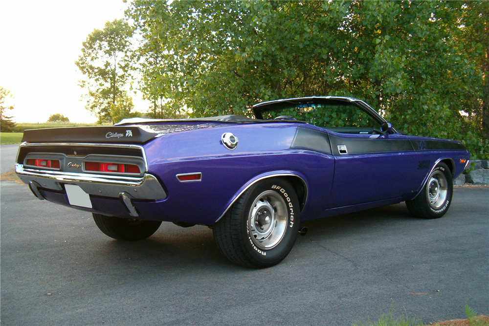 1971 DODGE CHALLENGER CUSTOM CONVERTIBLE - Rear 3/4 - 188604