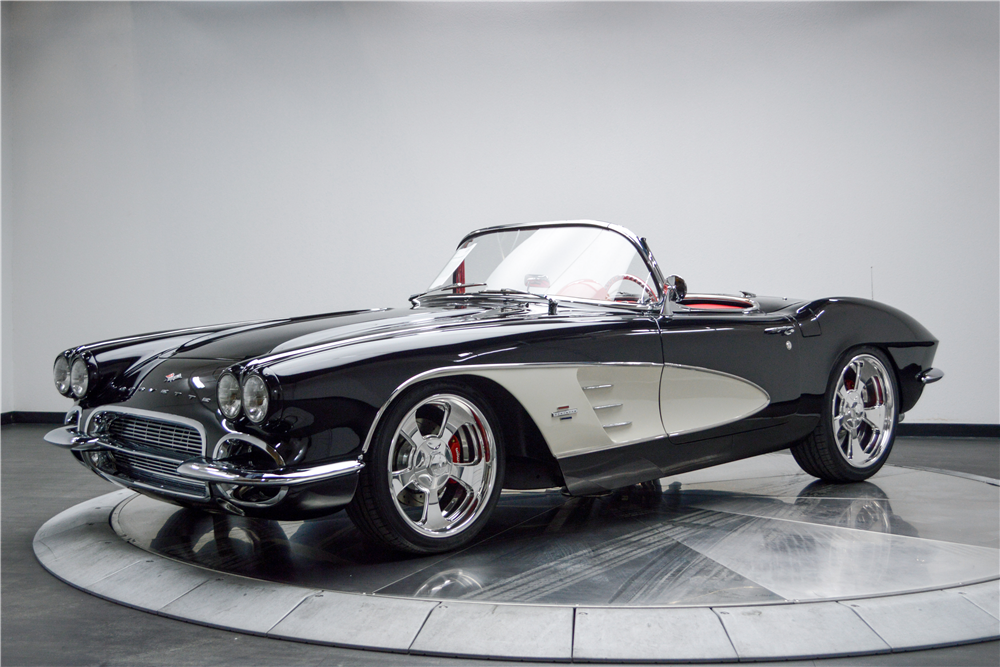 1961 CHEVROLET CORVETTE CUSTOM CONVERTIBLE - 188619