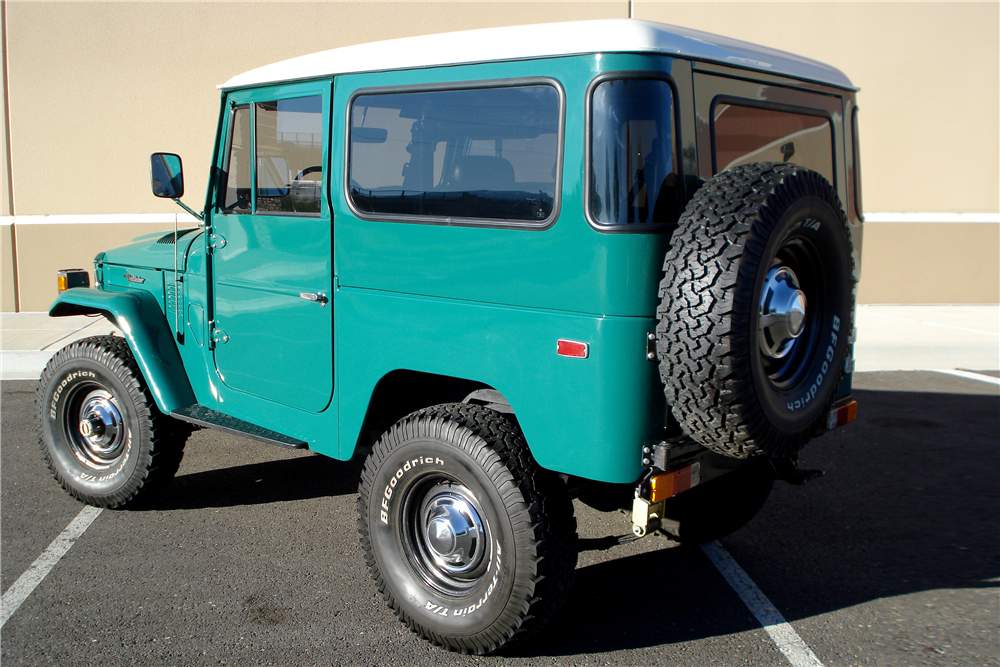 1978 TOYOTA LAND CRUISER FJ-40  - Rear 3/4 - 188629