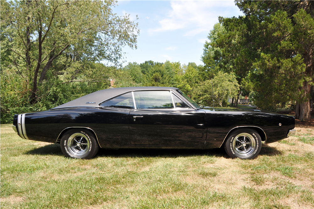 1968 DODGE CHARGER - Side Profile - 188670