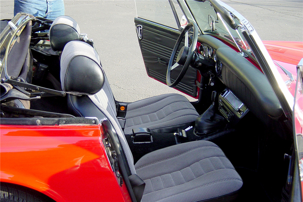 1974 MG MIDGET ROADSTER - Interior - 188681