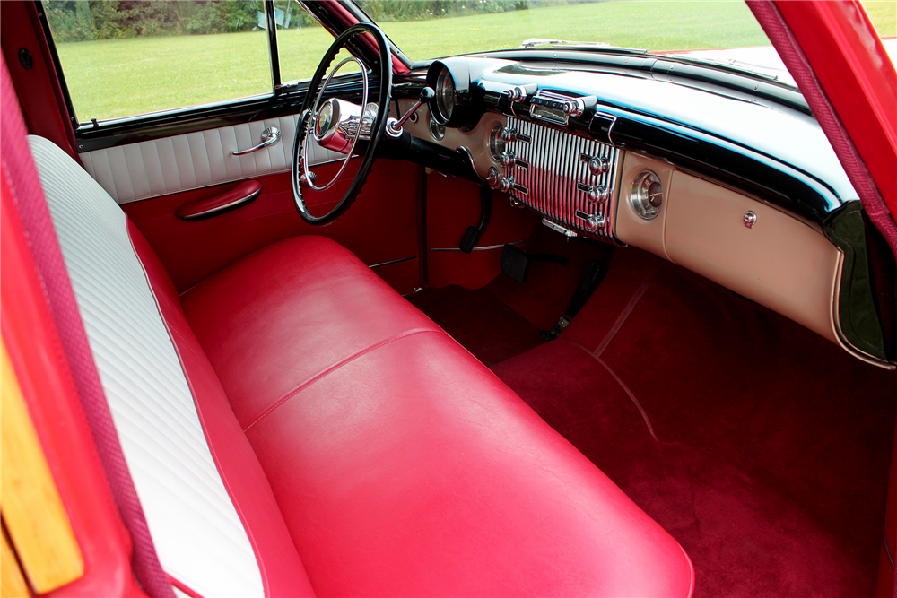 1953 BUICK SUPER WOODY STATION WAGON - Interior - 188706