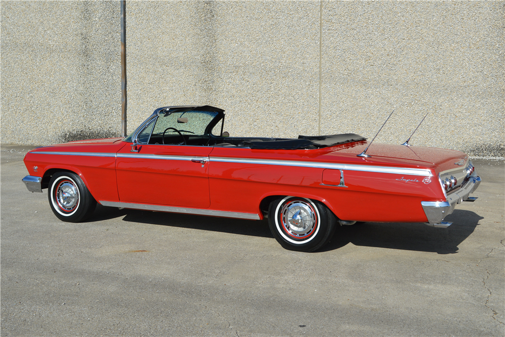 1962 CHEVROLET IMPALA SS 409 CONVERTIBLE - Rear 3/4 - 188712