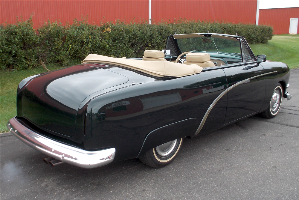 1951 FORD CUSTOM CONVERTIBLE - Rear 3/4 - 188725