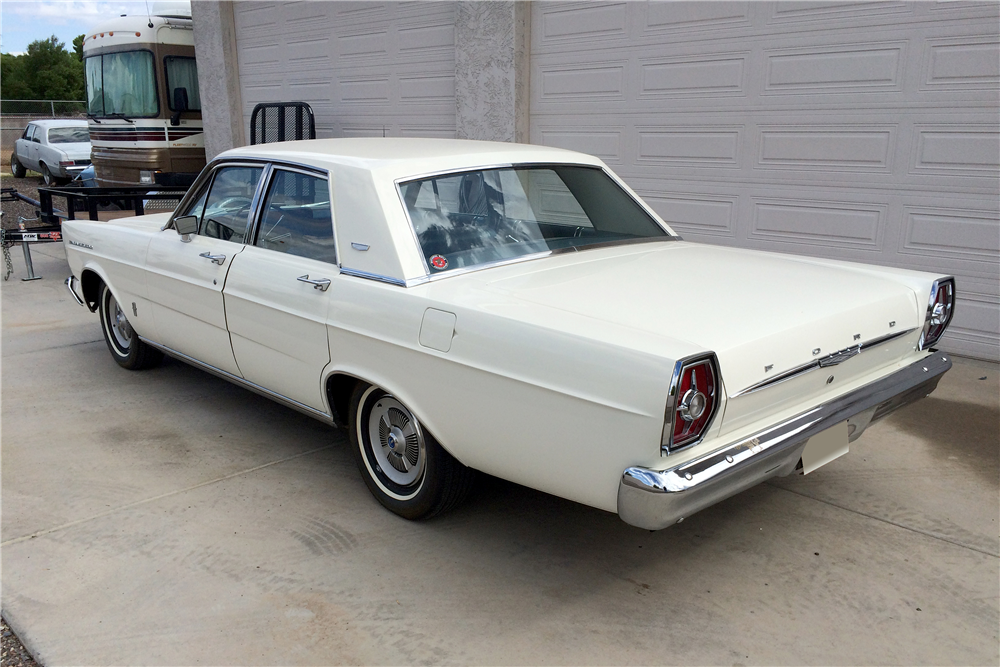 1965 FORD GALAXIE 500 4-DOOR SEDAN - Rear 3/4 - 188736
