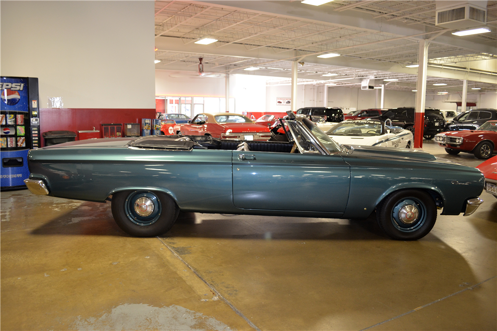 1965 DODGE CORONET 440 CUSTOM CONVERTIBLE - Side Profile - 188742