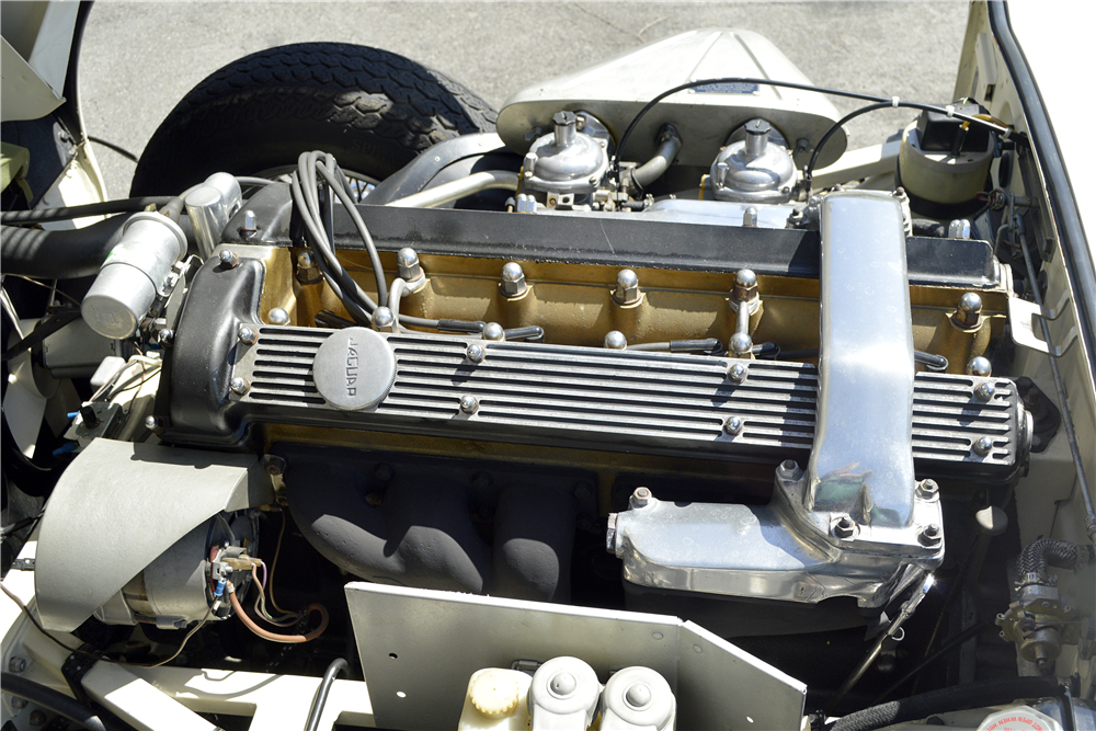 "1968 JAGUAR XKE ""SERIES 1.5"" ROADSTER - Engine - 188745"